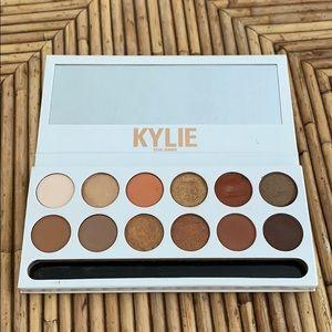 Kylie Cosmetics Pressed Powder Shadow Palette